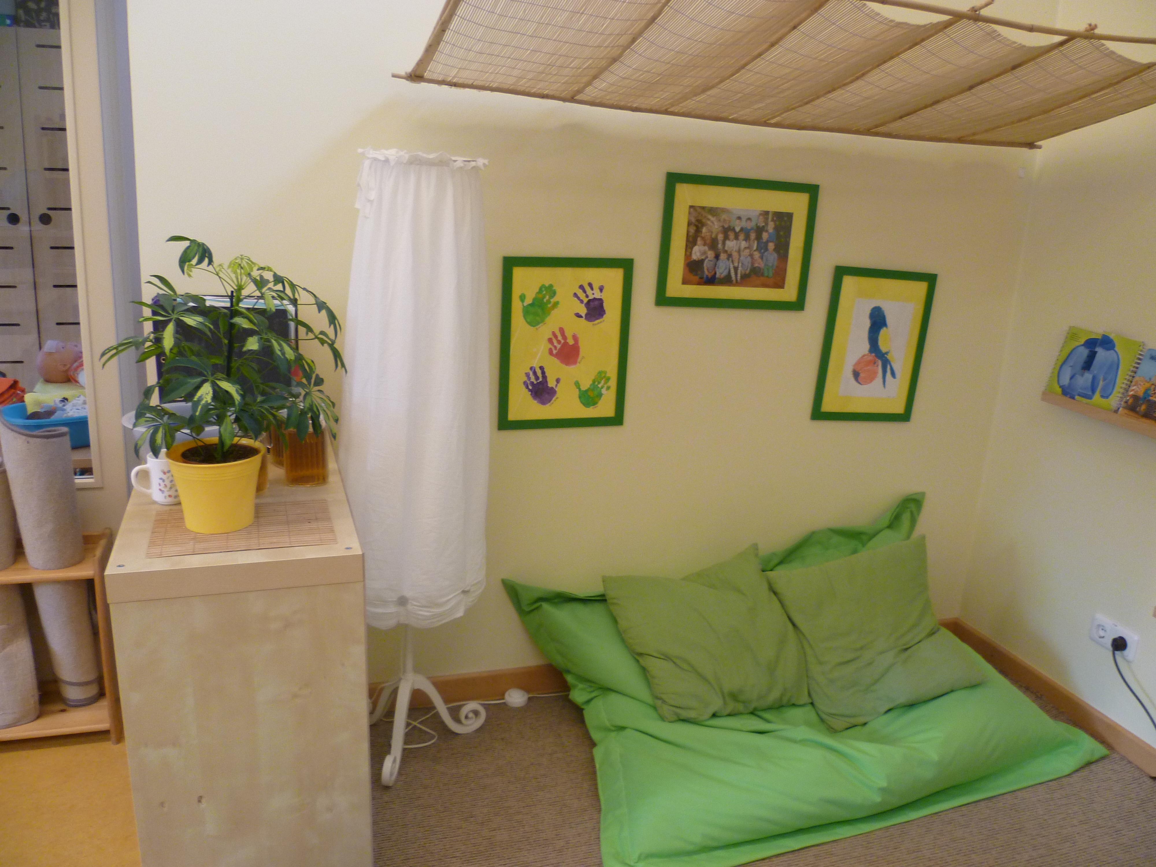 das haus neu er ffnet 2010. Black Bedroom Furniture Sets. Home Design Ideas
